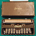 Junior typewriter, foto2.JPG