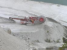 Lime mining Lägerdorf P8300050.JPG