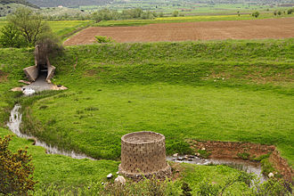Ponor - Image: Katavothra Peloponnese