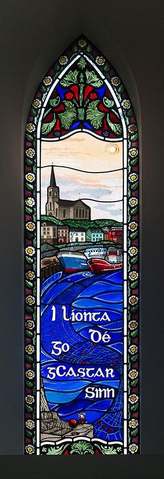 Ag Críost an Síol - Image: Killybegs St. Mary of the Visitation Church Window i líonta Dé go gcastar sinn 2013 09 18