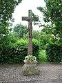Knoeringen Friedhofskreuz.jpg
