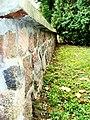Kruszyn ogrodzenie kamienne wokół kościoła 2.JPG