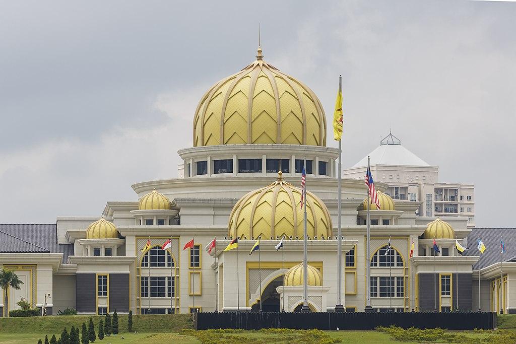 Kuala Lumpur Malaysia-Istana Negara-Jalan-Duta-01.jpg