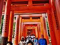 Kyoto Schrein Fushimi-Inari-taisha Torii 05.jpg