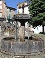Lacaune - Fontaine des pisseurs -01.jpg