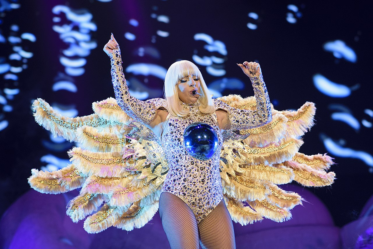 1280px-Lady_Gaga_Artpop_O2.jpg