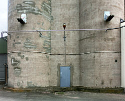 Lantmännens silo i Falköping 8517.jpg