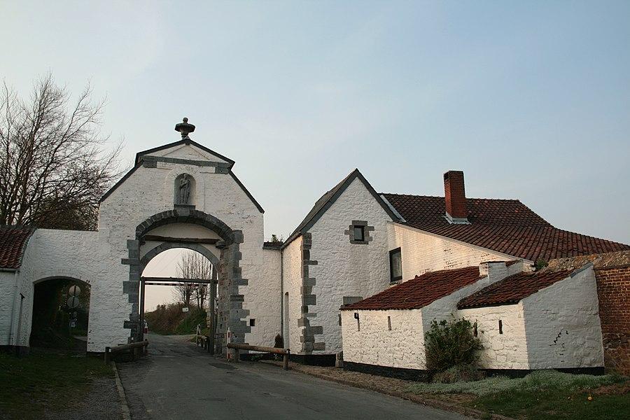 Lobbes (Belgium), la  Portelette - Portal of the former abbey (XVIIth century).