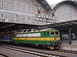 Lokomotiva 162.054, Praha-hlavninadrazi.jpg
