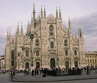 {{lang|it|Comune di Milano}}