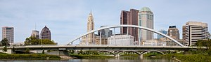 Main Street Bridge (Columbus) - The new Main Street Bridge and the Columbus Skyline