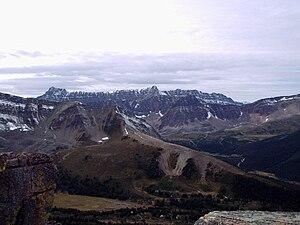 Maligne Range - Maligne Range seen from the Bald Hills