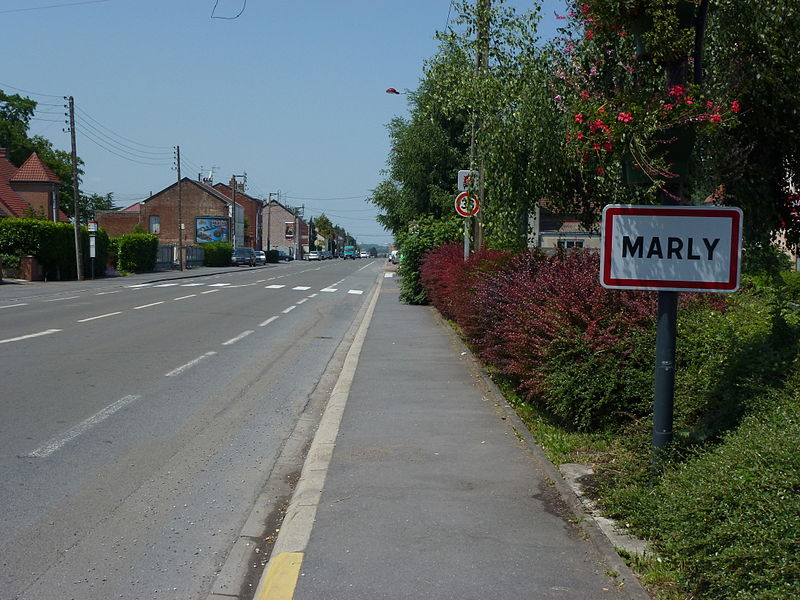 Marly (Nord, Fr) city limit sign