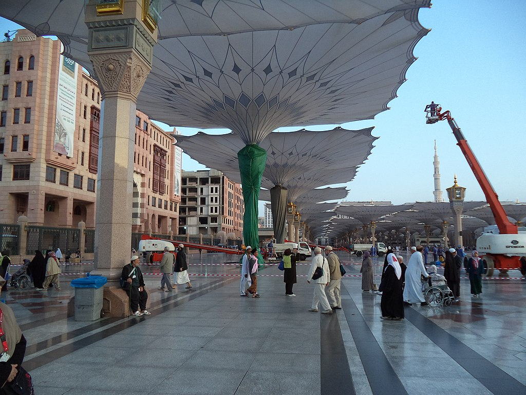 File:Masjid e Nabvi - panoramio (1) jpg - Wikimedia Commons
