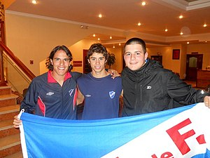 Matías Cabrera - Cabrera (centre) at Nacional in 2010
