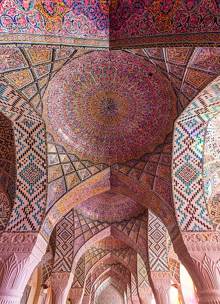File:Mezquita de Nasirolmolk, Shiraz, Irán, 2016-09-24, DD 60-62 HDR.jpg