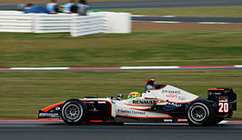 Conway in een GP2 auto op Silverstone in 2008.