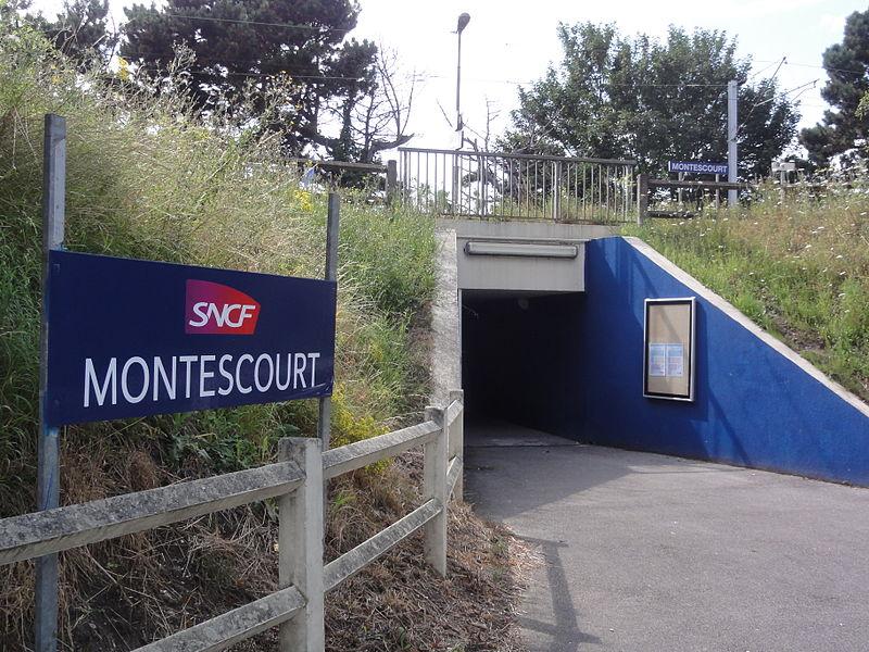 Montescourt-Lizerolles (Aisne) gare de Montescourt  (nouvel accès aux quais)