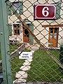 Montfleur - numéro 6 et chat gentil.jpg