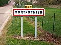 Montpothier-FR-10-panneau d'agglomération-01.jpg
