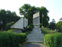 Monument in Treznea, Salaj County-1.JPG