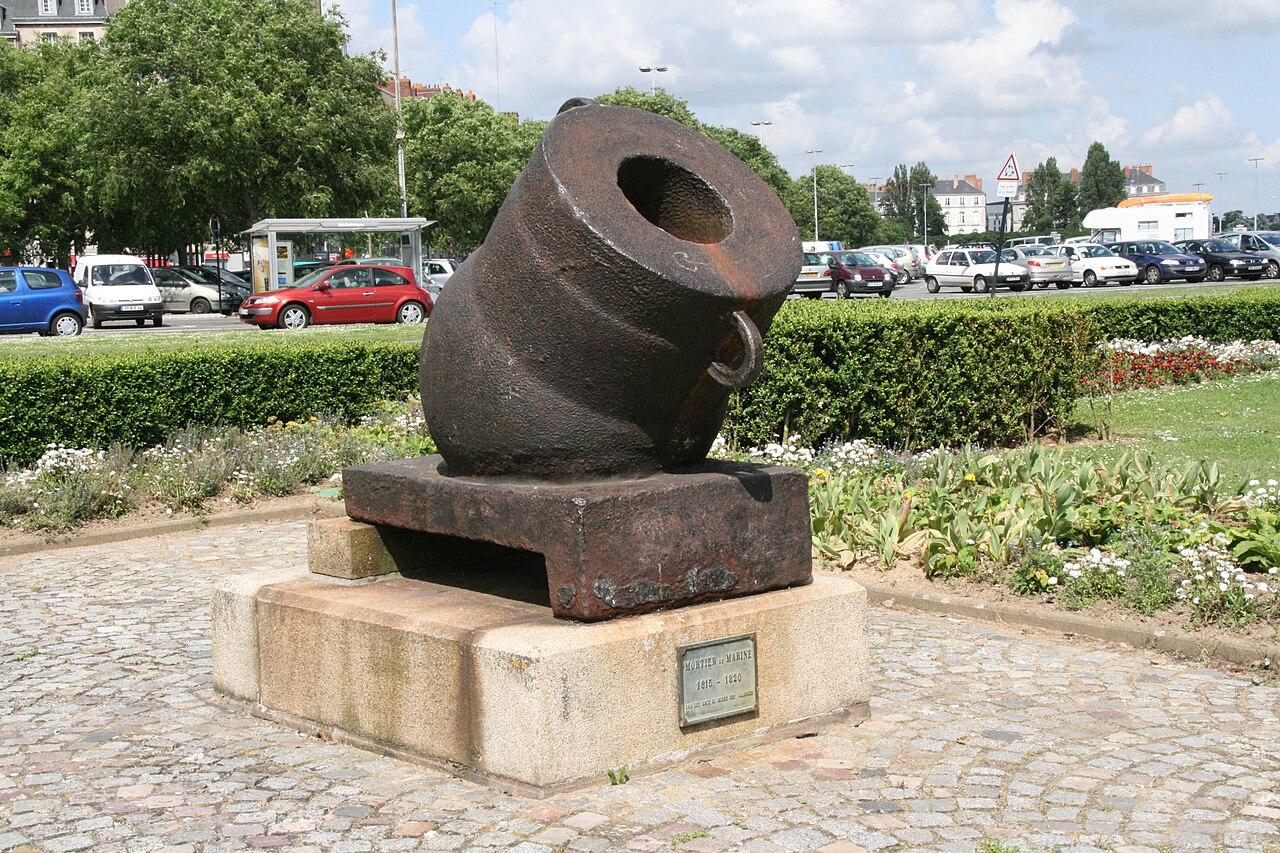 1280px-Mortar_Ship_Nantes_three-quarter_