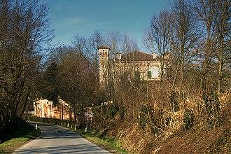 Villa Albergoni - Villa Albergoni seen from the main road (2011)