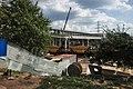 Moscow, construction of MCC pedestrian bridge in Vladykino (31574066665).jpg