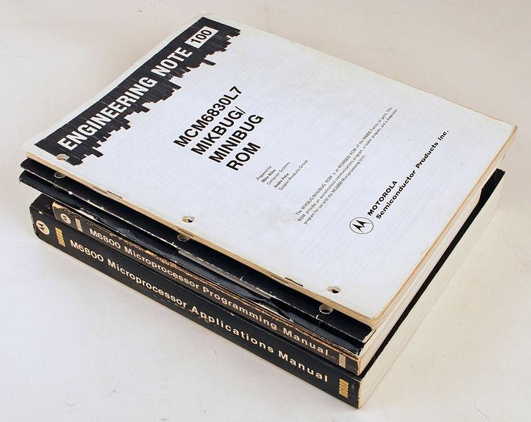 File:Motorola M6800 manuals.jpg