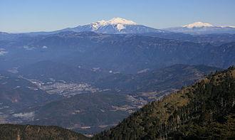 Mount Ena - Image: Mount Ontake and Mount Norikura from Mount Ena 2010 12 12