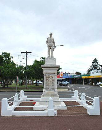 Murgon - Murgon War Memorial, 2008