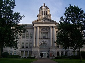 Das Muscatine County Courthouse in Muscatine, seit 1981 im NRHP gelistet[1]