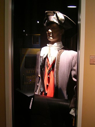 Musée de La Poste - The uniform of an 18th-century French postman