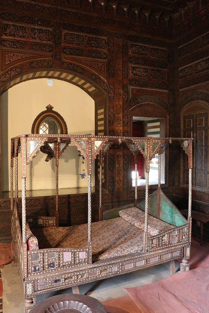 File museo gayer anderson stanza di damasco stanza da for Arredamento stanza da letto