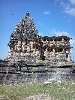 Navlakha temple