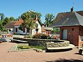 Neuvy-sur-Barangeon-FR-18-décor communal-01.jpg