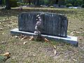 Newnansville Cemetery grave01.jpg