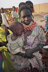 IDP mother and malnourished child in North Darfur