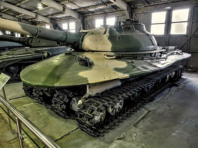 Nouveautés maquettes - Page 27 640px-Object_279_in_the_Kubinka_Tank_Museum_pic4