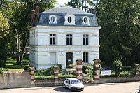 Oinville-sur-Montcient - Mairie02.jpg