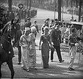 Opening Staten-Generaal in de Ridderzaal De prinsessen begeven zich naar de Gou, Bestanddeelnr 915-5338.jpg