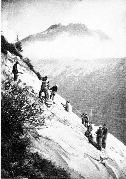 PSM V55 D019 Pacific and arctic railway grade cutting at white pass.png