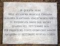 Palazzo chigi saracini, androne, lapide 02.JPG
