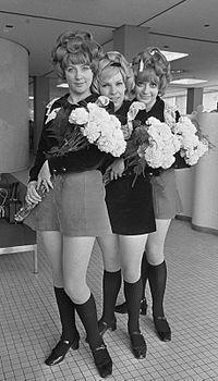 Paper Dolls band 1968b.jpg