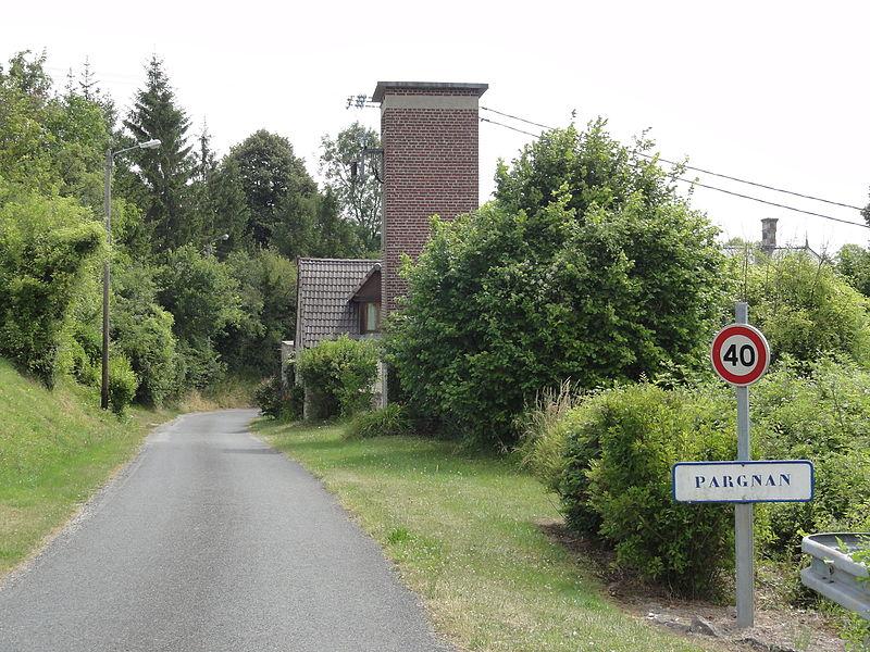 Pargnan (Aisne) city limit sign