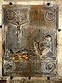 Paris (75), église Saint-Julien-le-Pauvre, pierre tombale de tombeau de H. Rousseau, mort en 1445.jpg