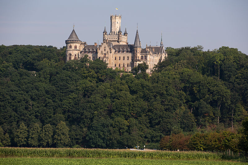 File:Pattensen Marienburg Castle.jpg