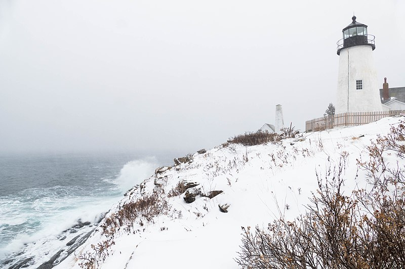 File:Pemaquid Point during winter storm 2017-01-04.jpg