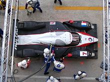 La Peugeot 908 durante un rifornimento alla 24 Ore di Le Mans 2007
