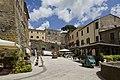Piazza Petruccioli, Pitigliano, Grosseto, Italy - panoramio.jpg